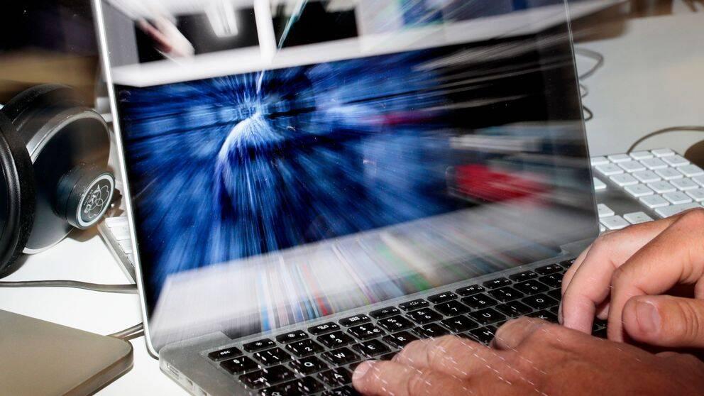 Säpo har börjat träna partierna i IT-säkerhet inför nästa års val.