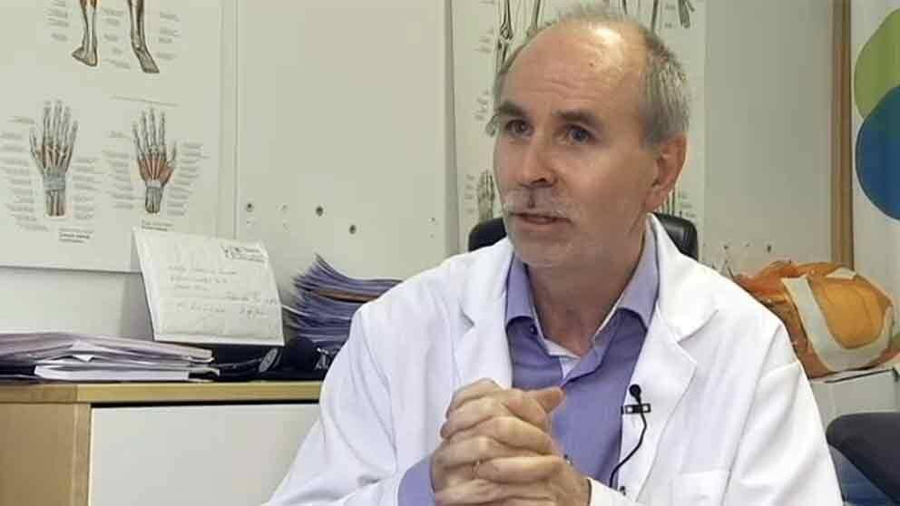 Rolf Luneng kan få fortsätta att arbeta som läkare, men endast i vägledning av specialister.