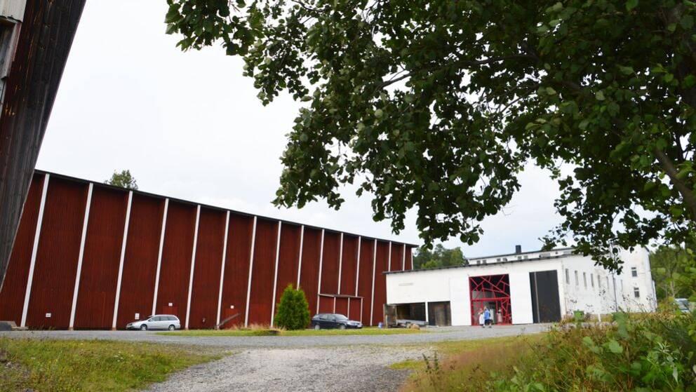 Operan på Skäret utifrån.
