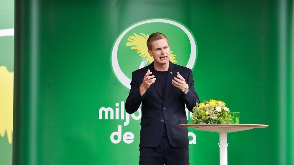 Gustav Fridolin (MP) talar i Almedalen.