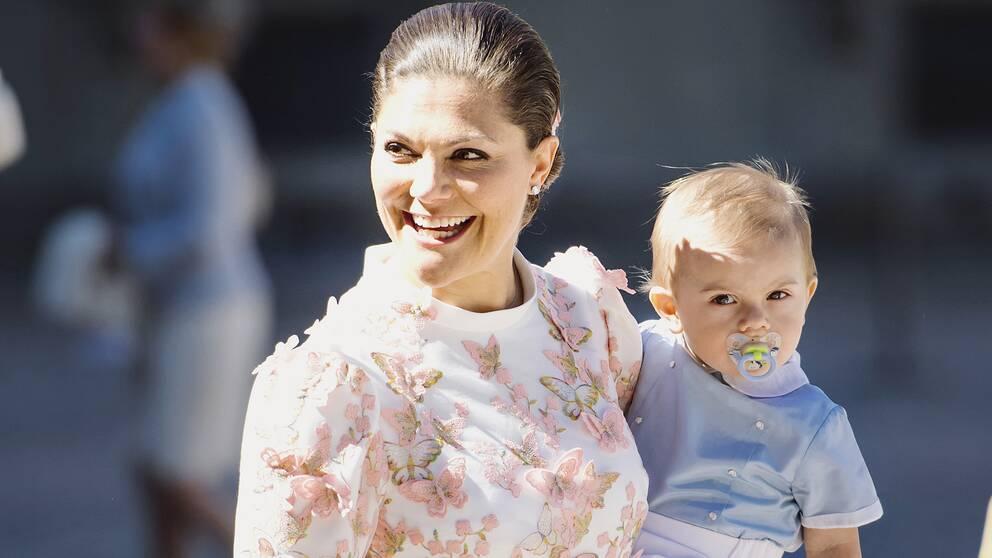 Kronprinsessan Victoria och prins Oscar