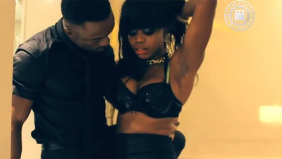 """Artisten Iyanias video """"Headswell"""" är en av de som censurerats."""