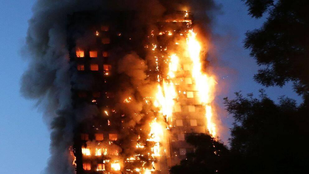 80 människor miste livet när Grenfell Tower i London fattade eld natten till den 14 juni i år.