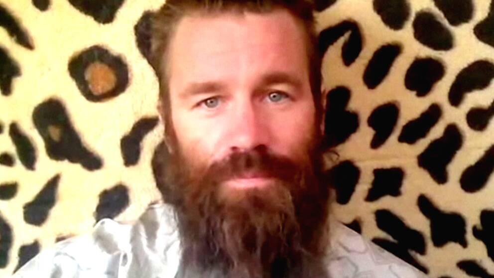 I en video vädjar kidnappade Johan Gustafsson om hjälp
