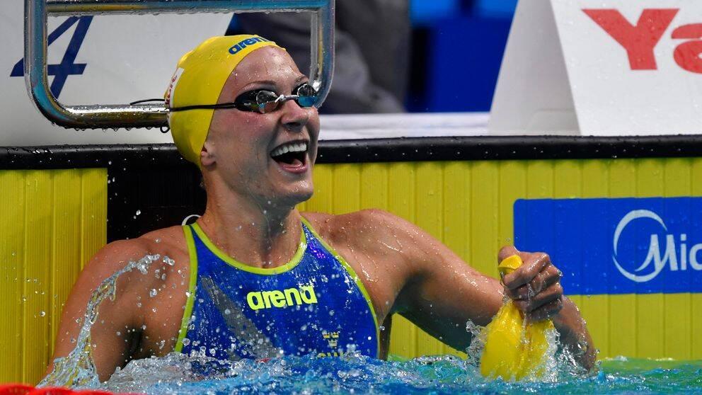 Sarah Sjöström har tagit ett rejält grepp om världscupen i simning.