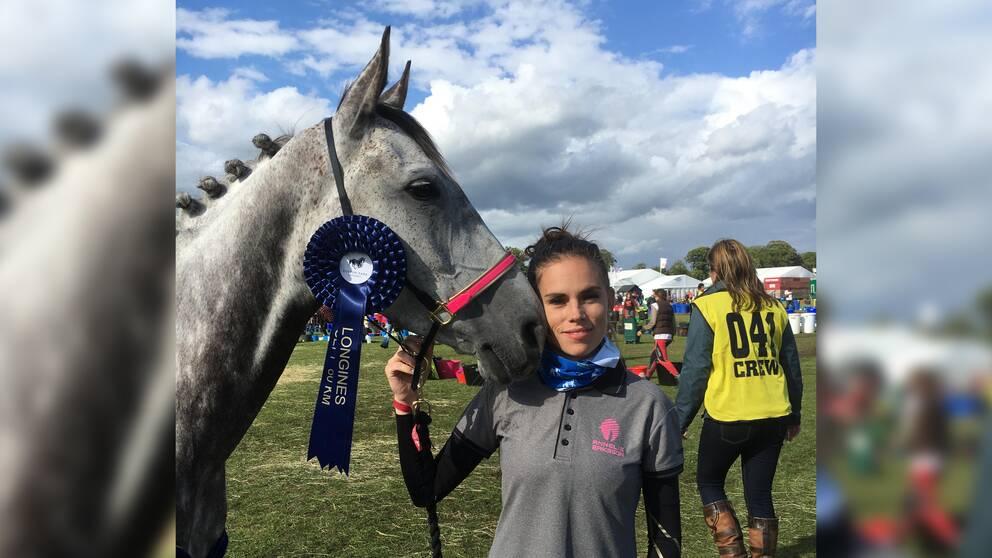 Hästen Jumeria Palm och Annelie Eriksson.