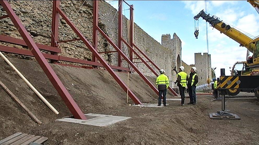 Start för renovering av ringmuren i Visby.