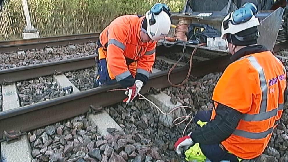 järnväg repareras efter kopparstölder