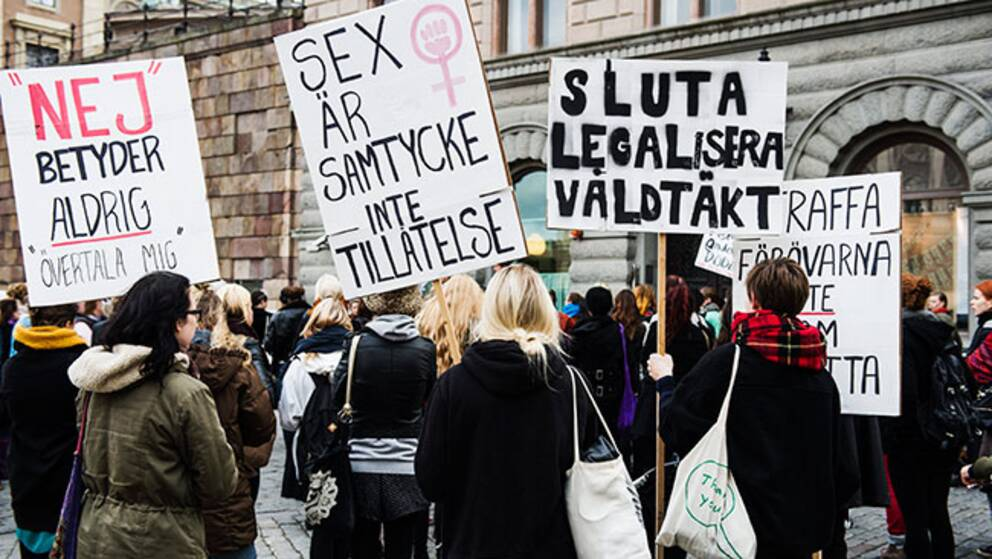 Demonstranterna vill förändra sexualbrottslagstiftningen.