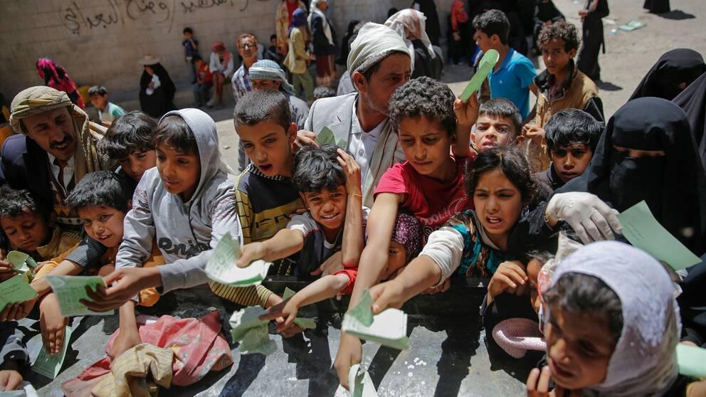 Utdelning av matransoner i Jemen
