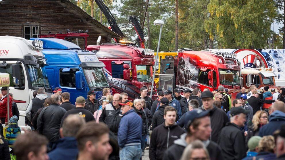 Folkligt och fullspikat när lastbilsentusiaster samlas i Ramsele för tionde gången.