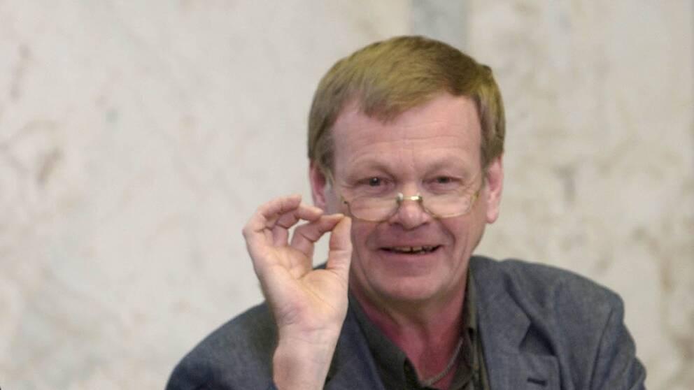 Flera politiker minns Lennart Värmby.