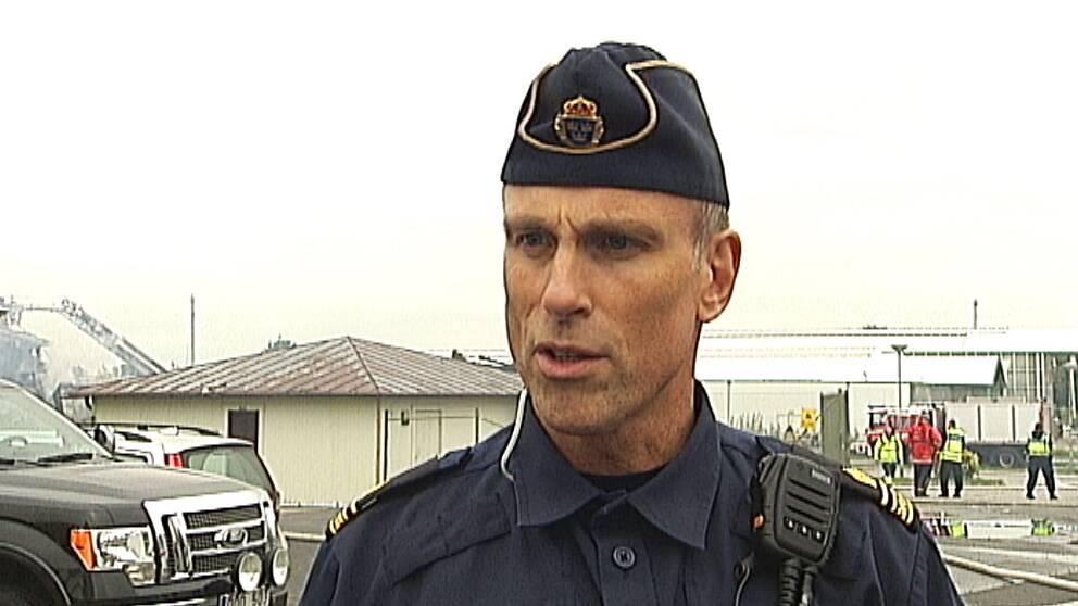 Fredrik Malm är kommunpolis i Vivalla.
