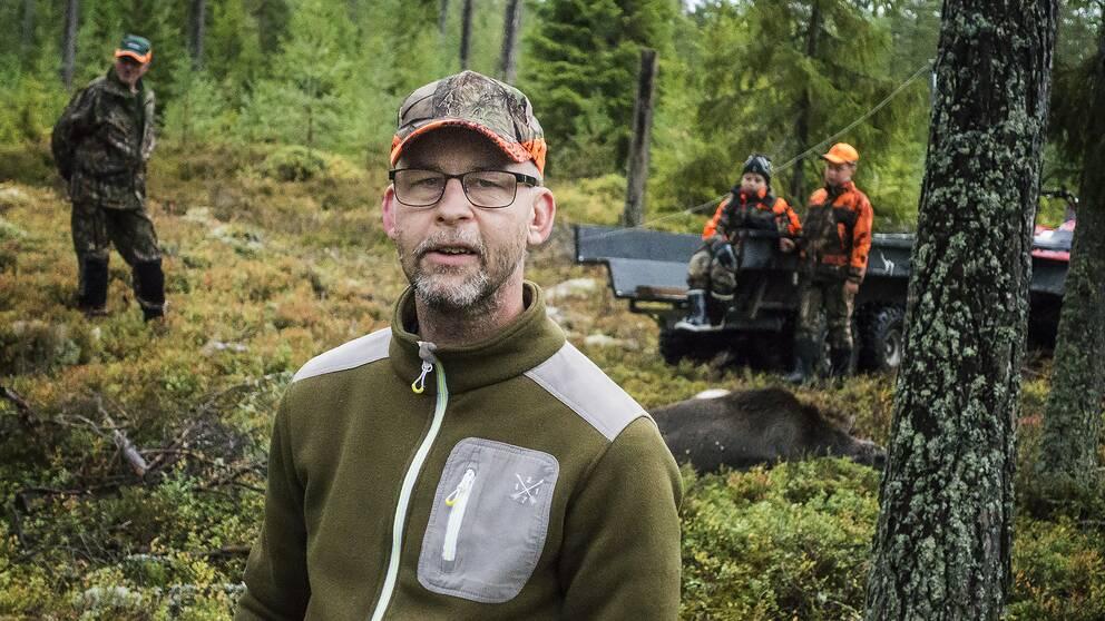 Att dra fram älgar under jakten var tidigare svårt för Patrik Bergqvist som led av svår diabetes. Nu är han botad, tack vare en donerad bukspottskörtel.
