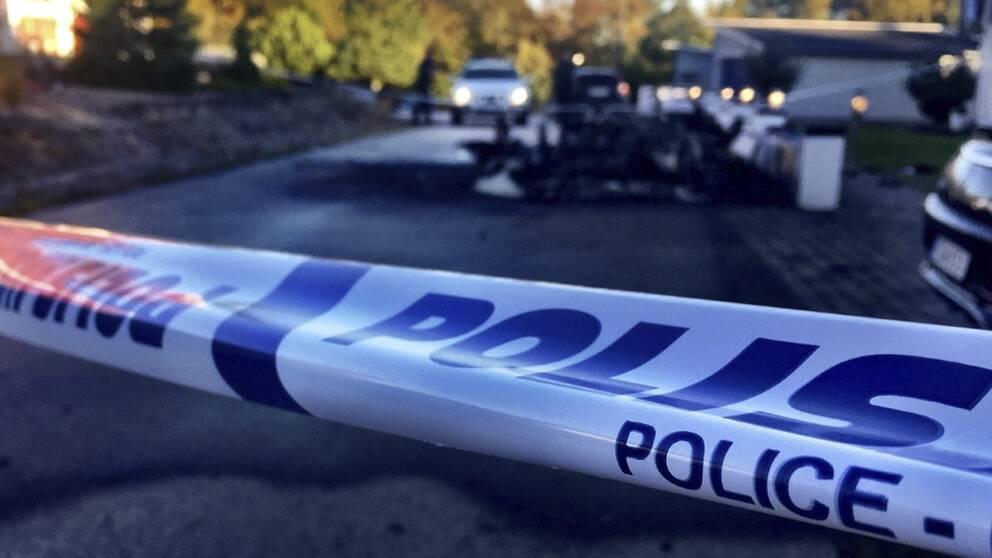 Nattens bilexplosion skedde i närheten av en bedrägeridömd företagares bostad i Karlskrona.