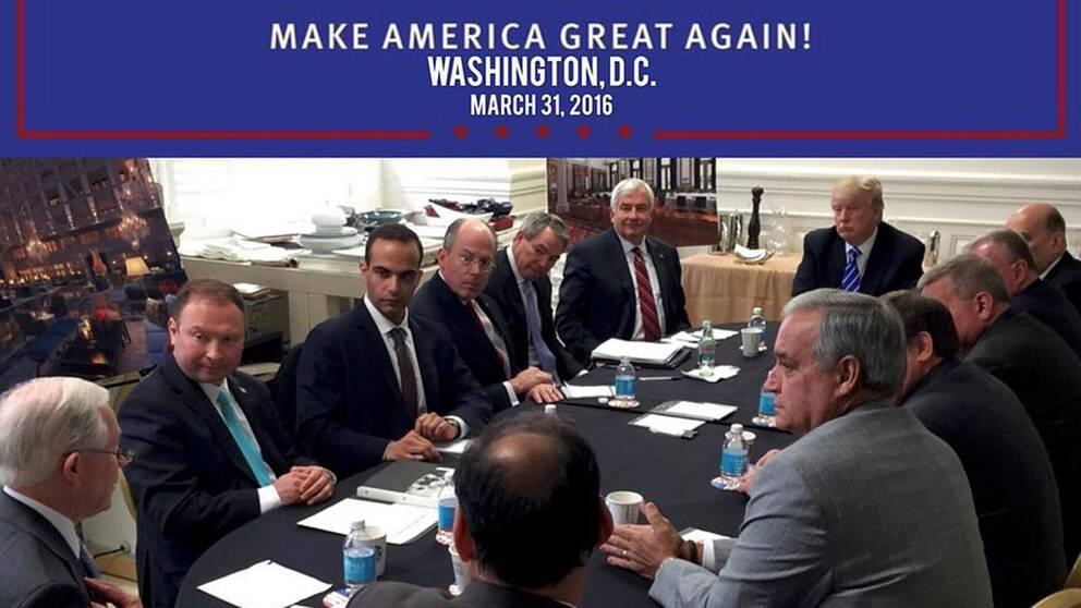 Donald Trumps tweet från ett möte i hans nationella säkerhetsteam. George Papadopoulos är den tredje personen från vänster.