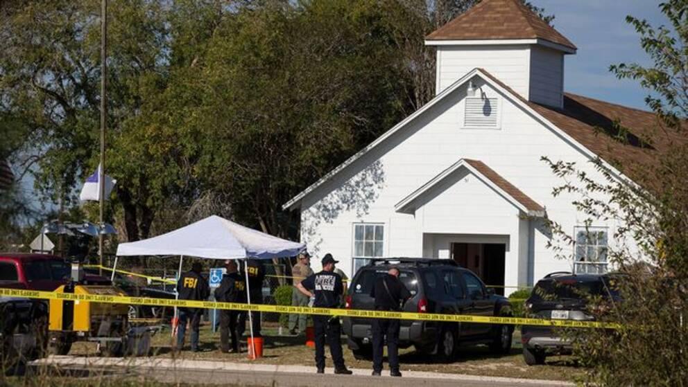 26 människor döda i skjutning i kyrka i Texas