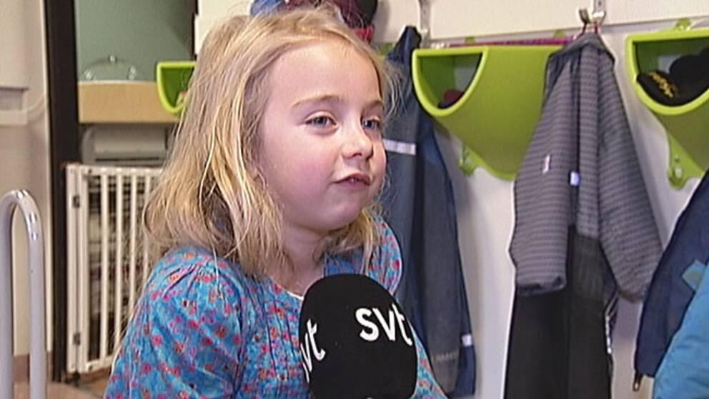 """Julia Larsson tycker att fars dag är viktig """"för papporna tar hand om barnen"""""""