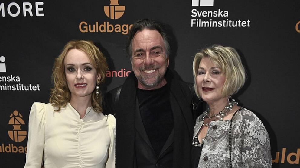 Rebecka Hemse och Rikard Wolff med sällskap anländer till Guldbaggegalan 2017 på Cirkus i Stockholm.