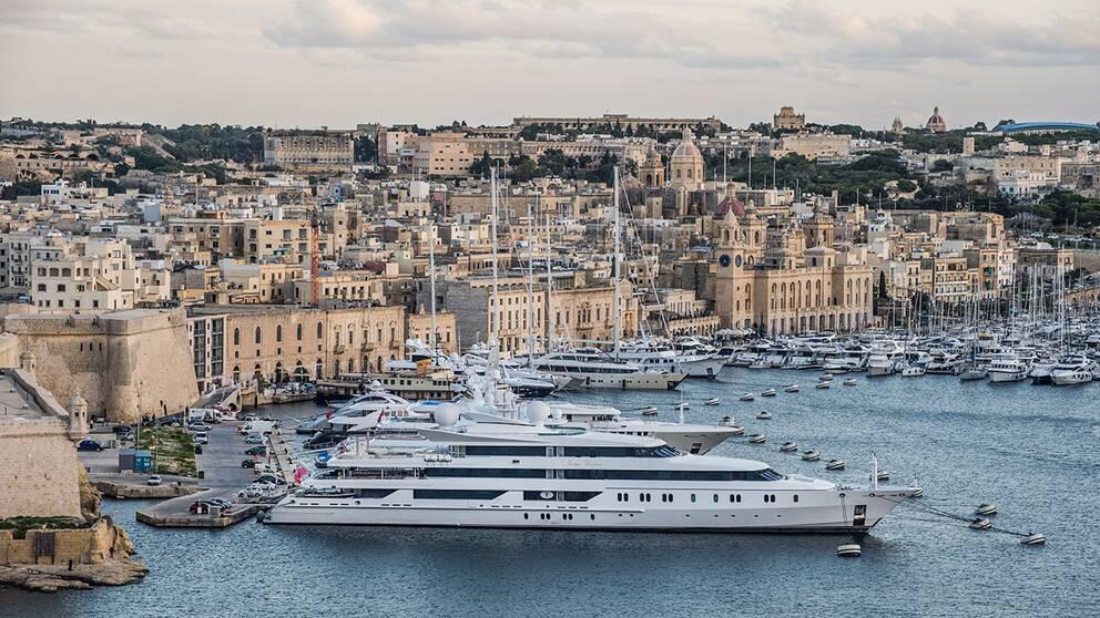 Några av Leif Östlings bolag är placerade i lågskattelandet Malta
