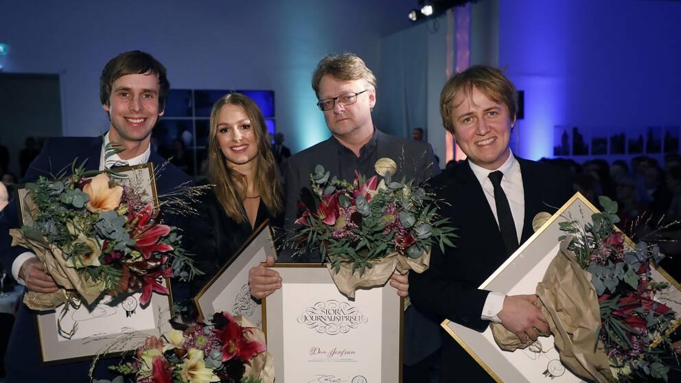 Jakob Larsson, Anna Nordbeck, Dan Josefsson och Johannes Hallbom tilldelas priset Årets Avslöjande för Fallet Kevin, Dokument inifrån, SVT när Stora Journalistpriset 2017 delas på Bonniers Konsthall i Stockholm på torsdagskvällen.