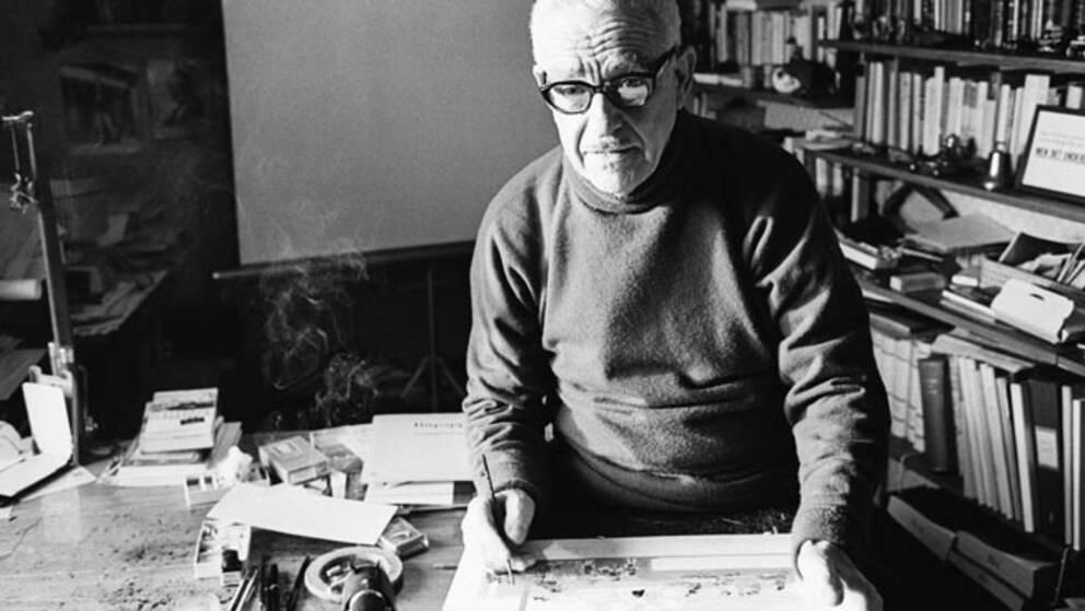 Bertil Almqvist skapade böckerna om stenåldersfamiljen Hedenhös.