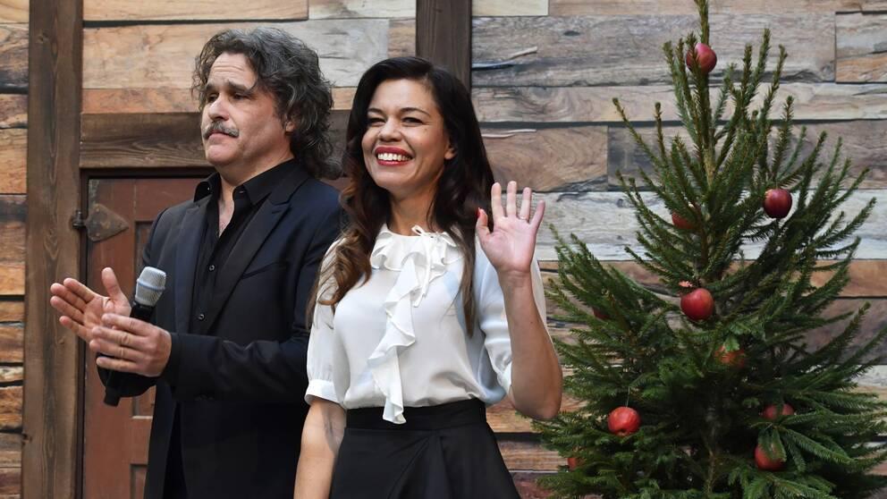 Erik Haag och Lotta Lundgren är årets julvärdar.