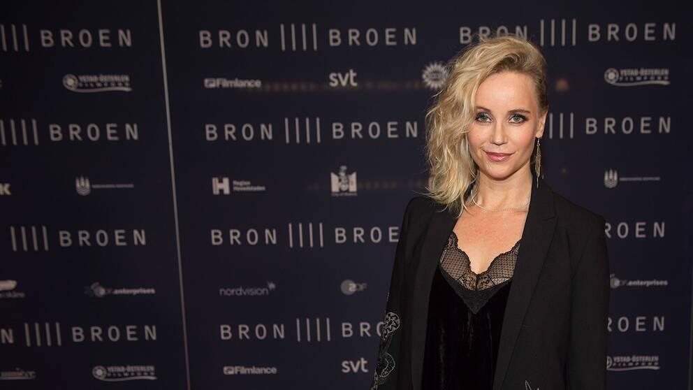 """Sofia Helin kommer till tisdagens galapremiär för fjärde säsongen av TV-serien """"Bron"""" på biografen Imperial i Köpenhamn."""
