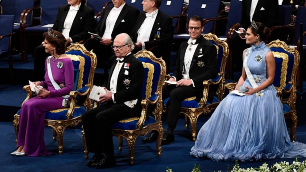 Kungen, drottningen, kronprinsessan och prins Daniel. Foto: TT