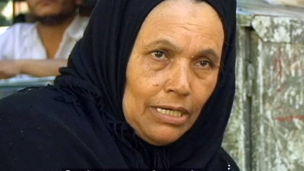 """""""Armén försvarade oss"""". Egyptiska försäljaren Umm Esem ville ha kvar militären vid makten, tills läget stabiliserats. Foto: SVT"""
