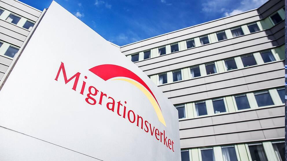 Asylfusk hotar flyktingpolitik