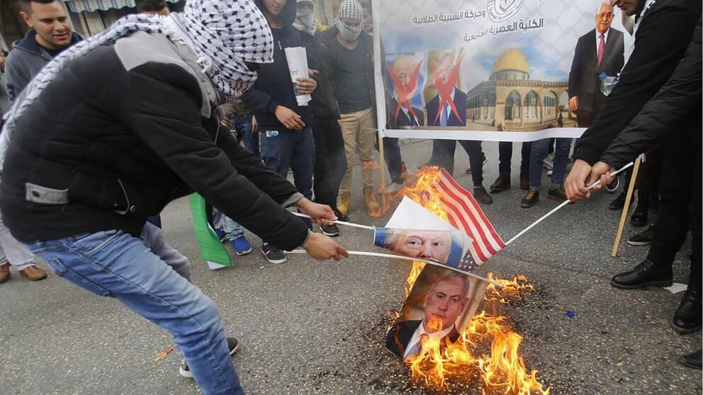 USA:s president Donald Trumps beslut att erkänna Jerusalem som Israels huvudstad har lett till kraftiga protester. På bilen protester i Ramallah på Västbanken. Arkivbild.