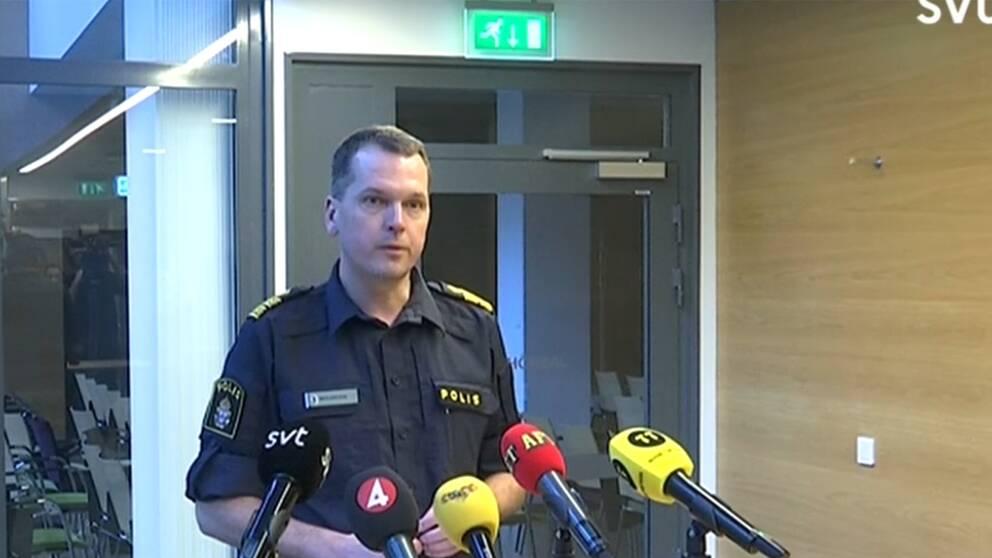 Biträdande polischef Mats Karlsson berättar om den misstänkta grova  våldtäkten i Malmö. 92a0b8eaa31ac