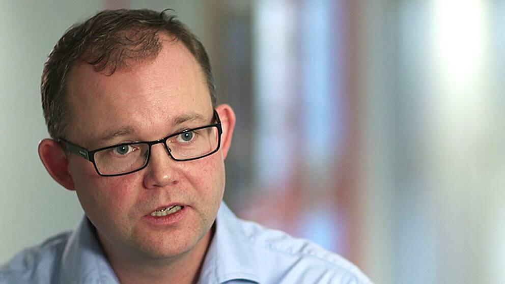 SVT:s valanalytiker Henrik Ekengren Oscarsson.