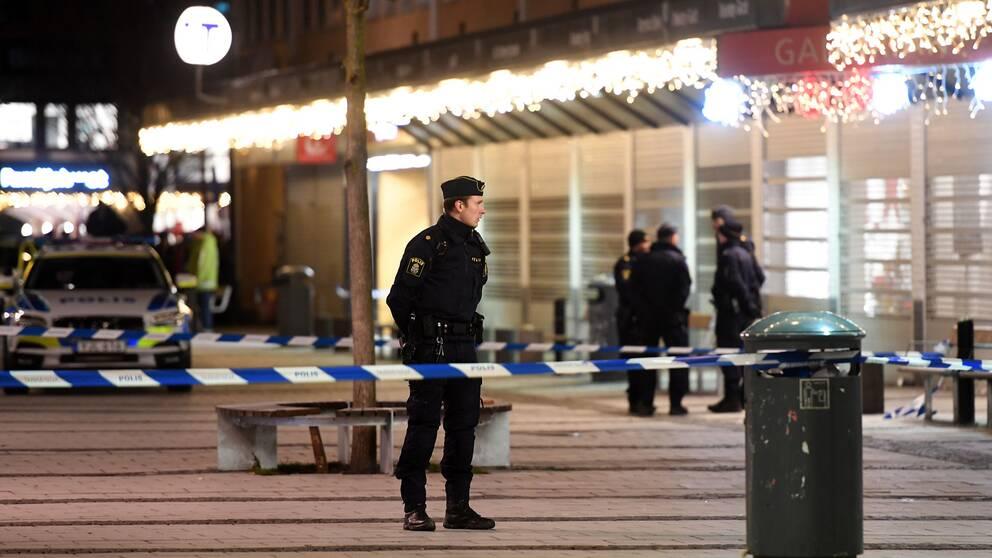 Fyra unga gripna efter mord
