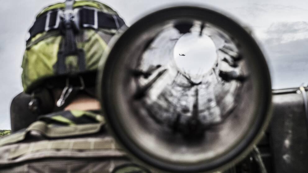 """Försvarsmakten skriver i rapport till regeringen att det finns en """"reell risk"""" för krig."""