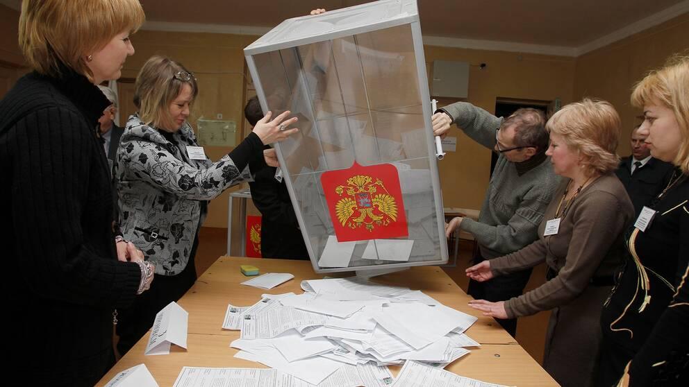 Röster räknas under det senaste presidentvalet i Ryssland 2012.