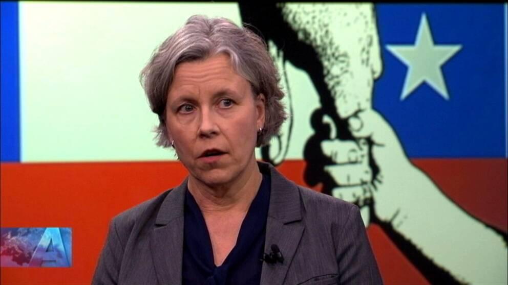 Kristina Svartz, generaldirektör vid Myndigheten för familjerätt och föräldraskapsstöd, gästar Aktuellt och menar att tillsynen av adoptioner har utvecklats kraftigt och att olagliga adoptioner inte är lika förekommande i dag.