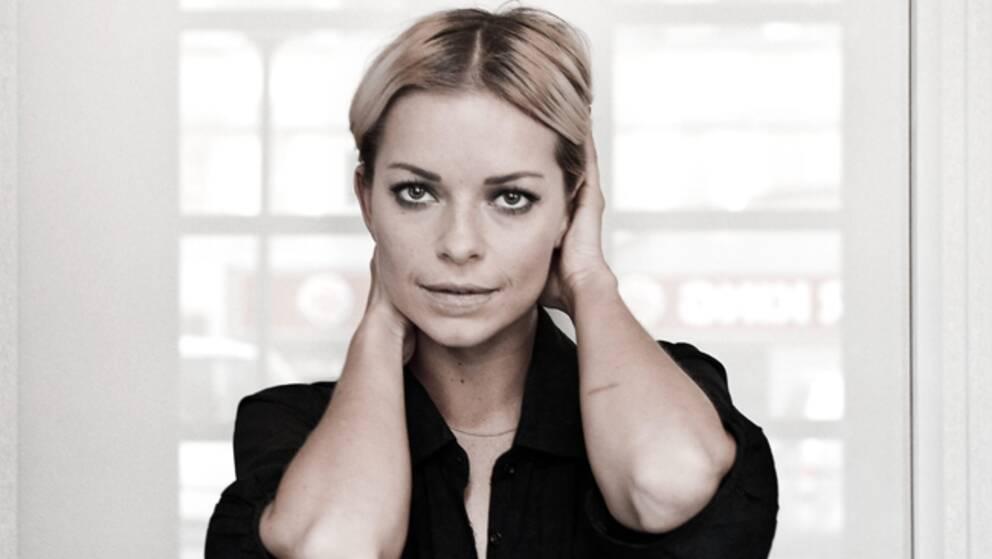 """Sångerskan Petra Marklund tar över """"Allsång på skansen""""."""