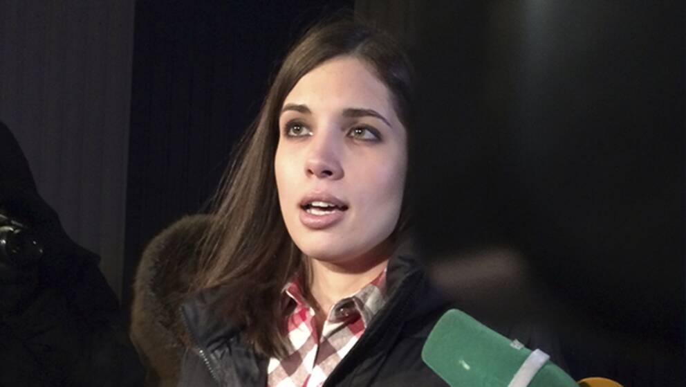 Nadezjda Tolokonnikova tycker att fångar har rätt att läsa.