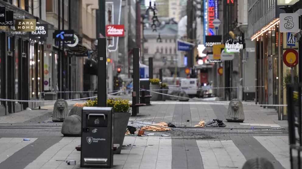 Drottninggatan dagen efter terrordådet.