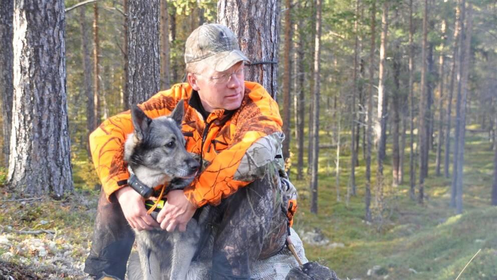 Jon Arnemo är forskare och expert på vilt, fiske och miljö vid Sveriges lantbruksuniversitet, SLU.