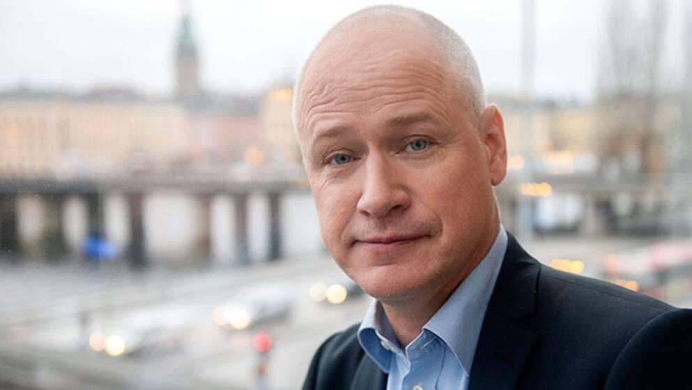"""Robert Gustafsson spelar huvudrollen i """"Hundraåringen ...""""."""