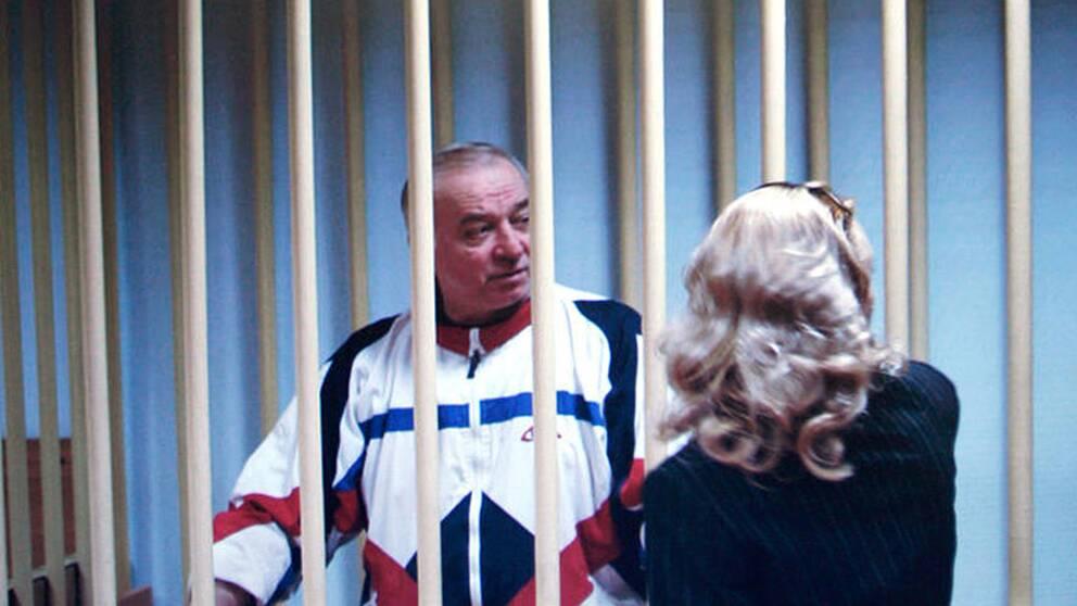 Den ryske officeren Sergej Skripal dömdes till 13 år i fängelse för spionage för Storbritanniens räkning.