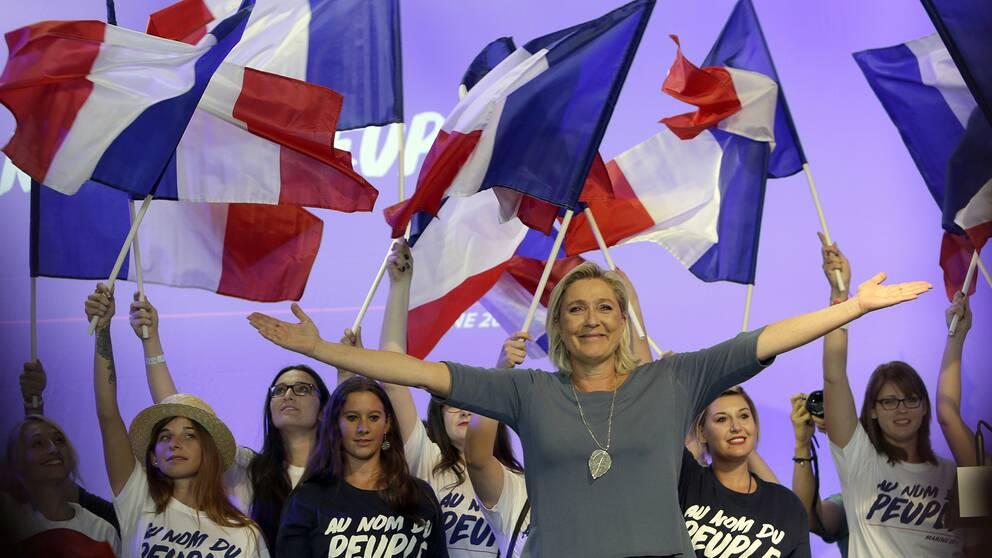 Marine Le Pen kampanjar inför presidentvalet 2017.