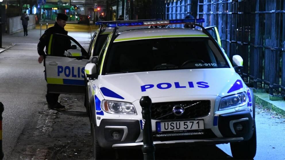 Polisbil i Folkets park i Malmö