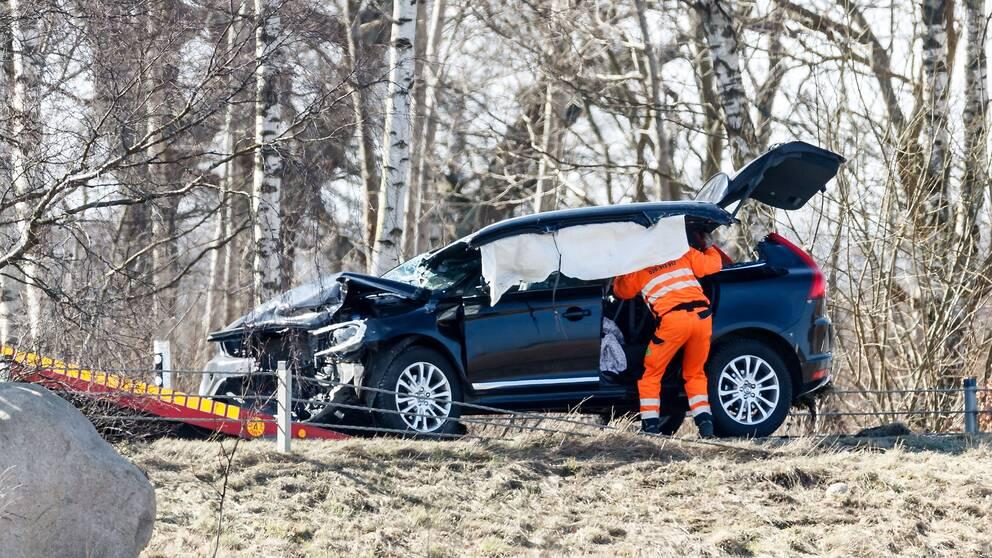 En dod och tre skadade i trafik