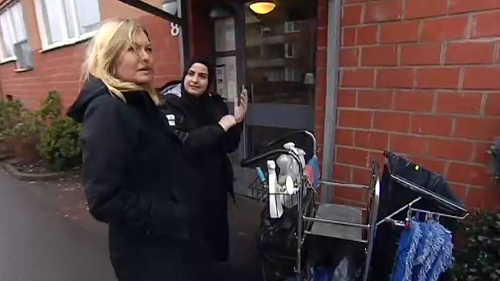 Långtidsarbetslösa mammor födda utanför europa som talar dålig svenska står mycket långt ifrån arbetsmarknaden. Bostadsbolaget Poseidon i Göteborg testar nu att anställa personer ur denna grupp.