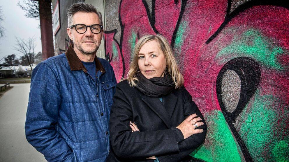 Regissören Henrik Georgsson och författaren Sara Kadefors.