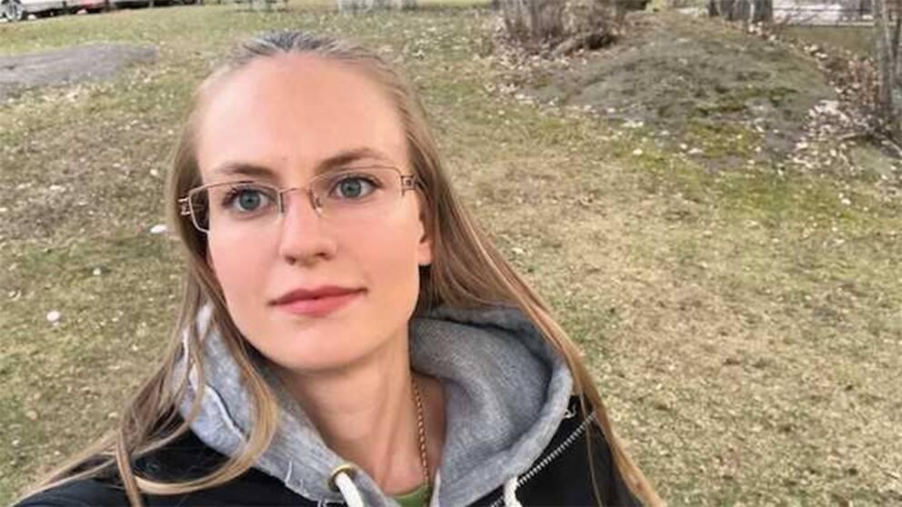 Cecilia Törnqvist Igelström arbetar med rådgivning och vård av skadade vilda fåglar på SVR, Stockholms vildfågel rehab.